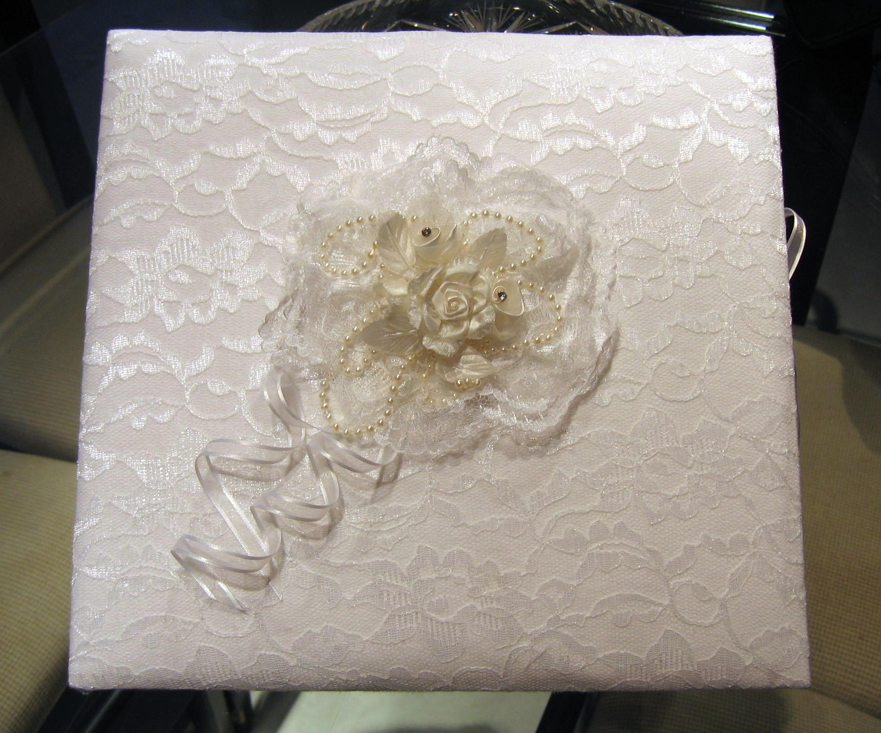 white lace wedding album
