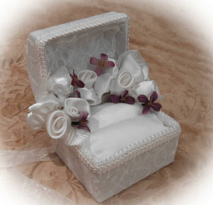 wedding chest open ring box for wedding ceramony