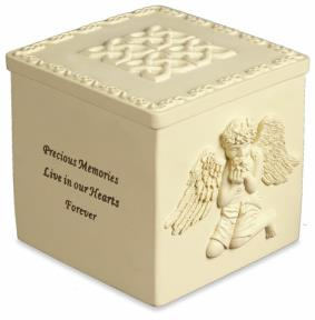 Innocent angel urn for child